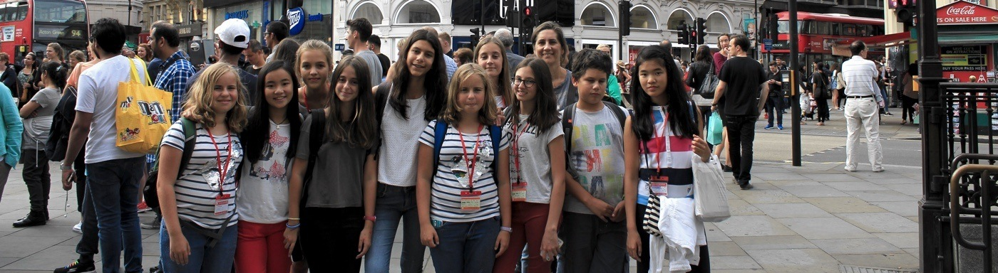 Student excursion to London